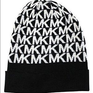 Michael Kors • Signature Logo Knit Beanie Hat